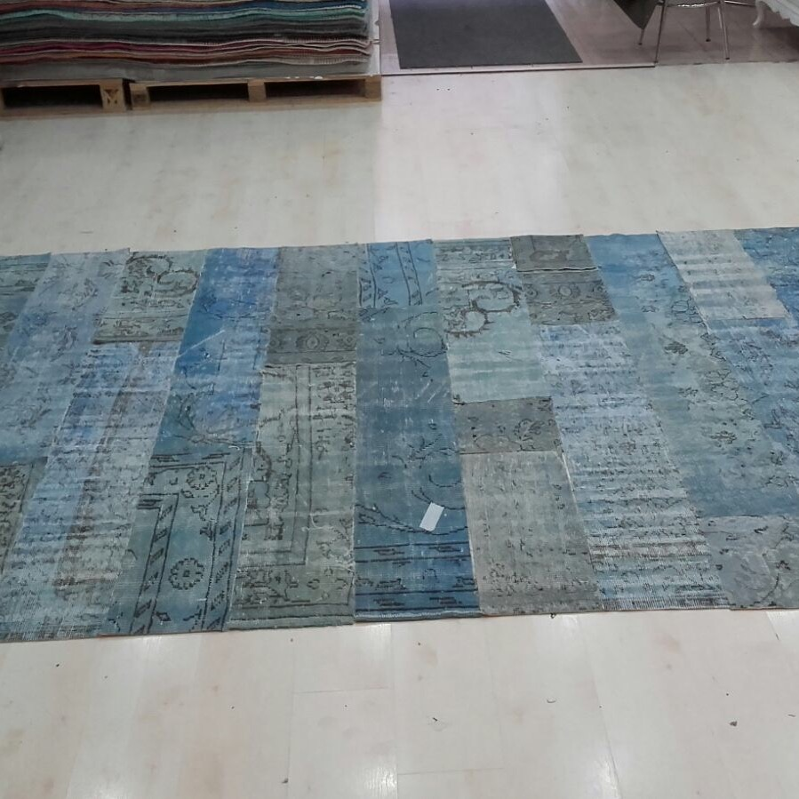 Living room Vintage patchwork rugshades of blue with strips